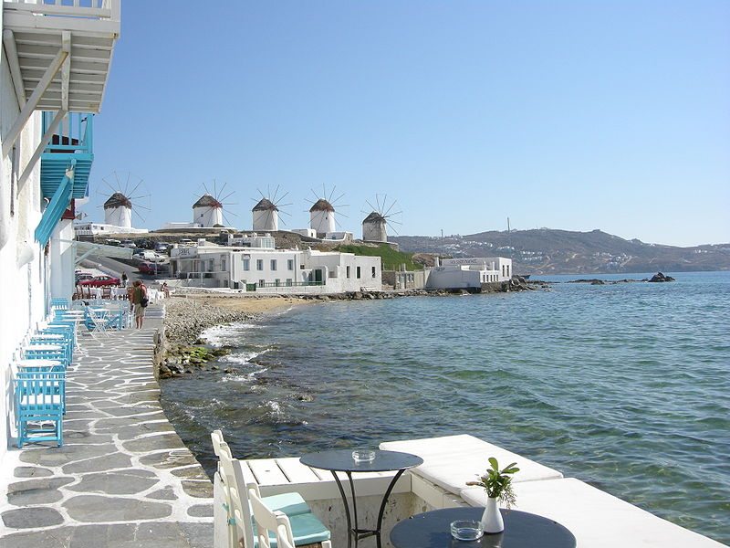 Mykonos,_little_venice_02